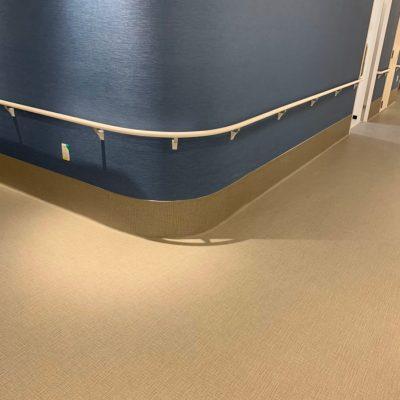鹿児島市O病院:柱長尺シート巻上